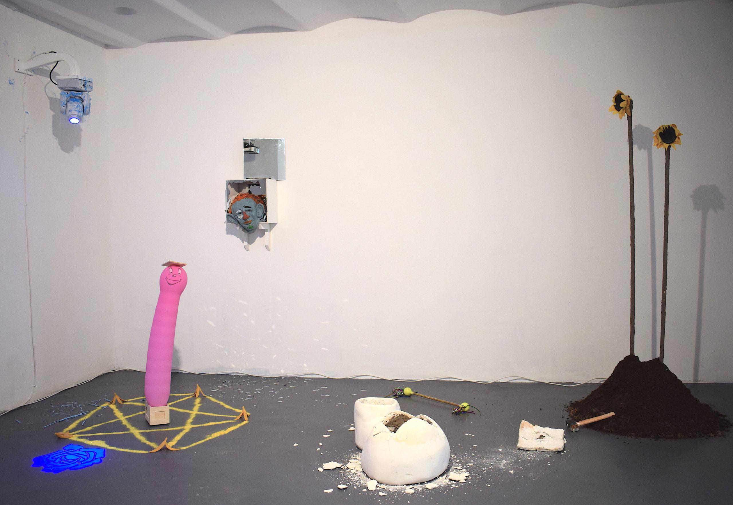 Julien Carpentier, La Petite Torpille Esthétique, 2020, partie 3, Installation zbeulifiée