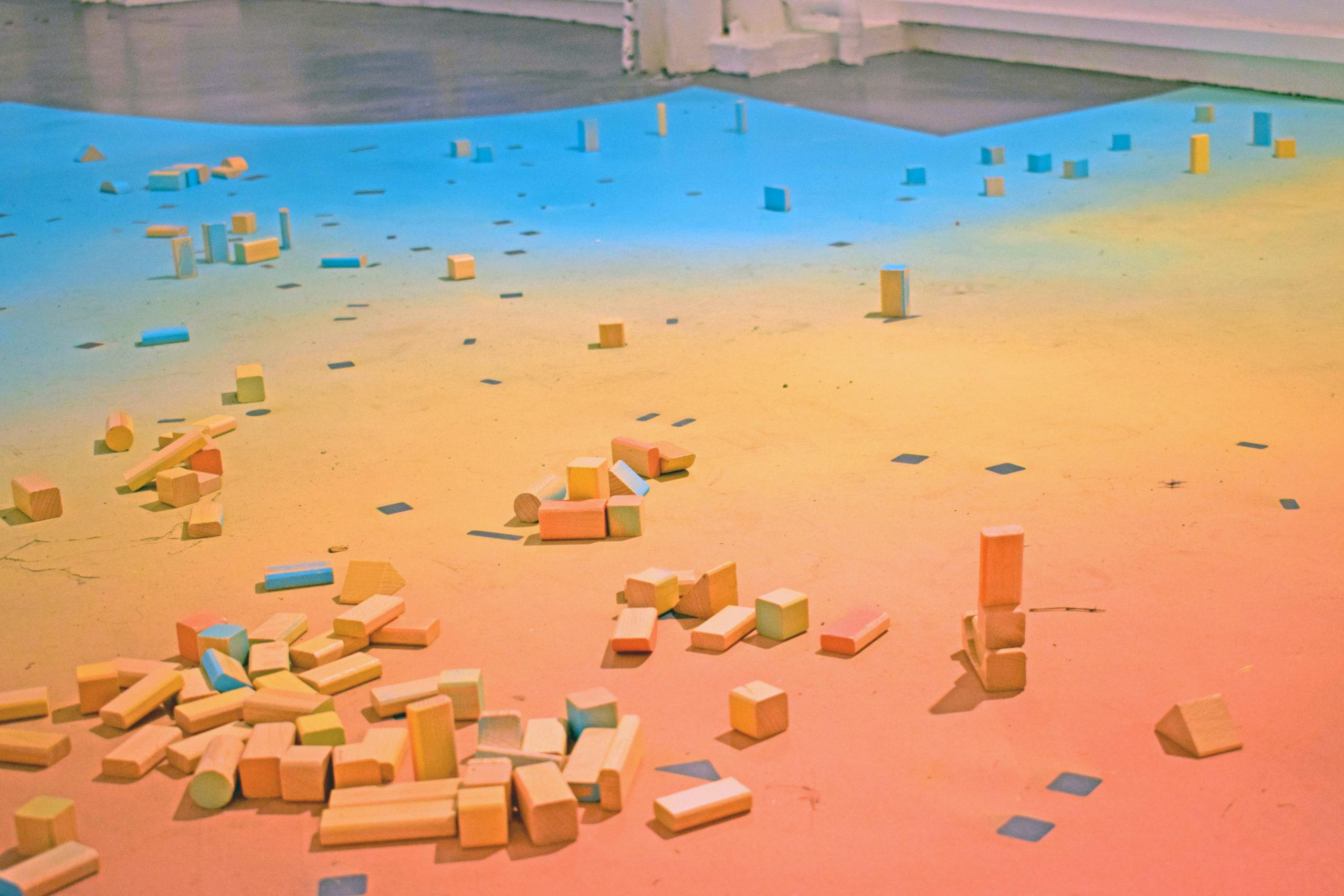 Vanessa Husson et Geoffrey Blan, Playground, 2020, bois, peinture